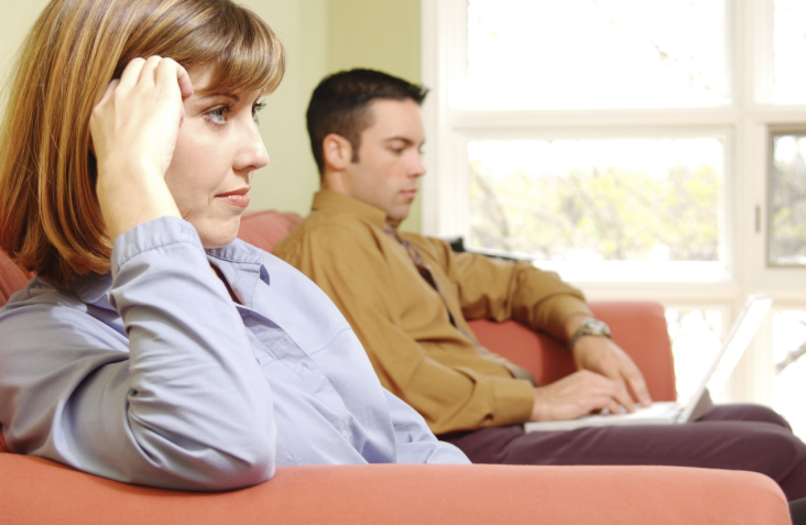 Men Handle Divorce Tougher Because They 'Go It Alone'